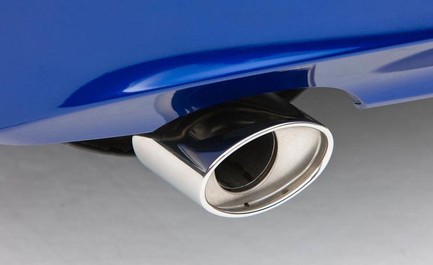 2011 Honda Accord EX-L V-6 coupe - Slide 10