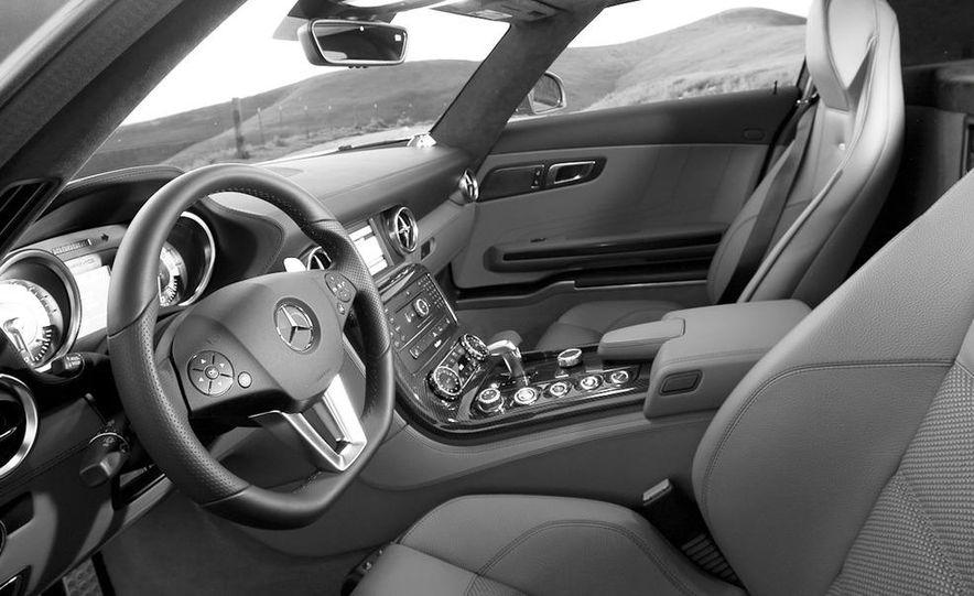 2013 Mercedes-Benz SLS AMG E-CELL - Slide 106
