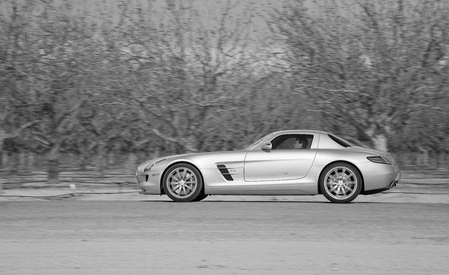 2013 Mercedes-Benz SLS AMG E-CELL - Slide 56