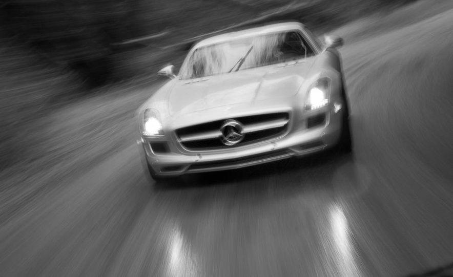 2013 Mercedes-Benz SLS AMG E-CELL - Slide 61