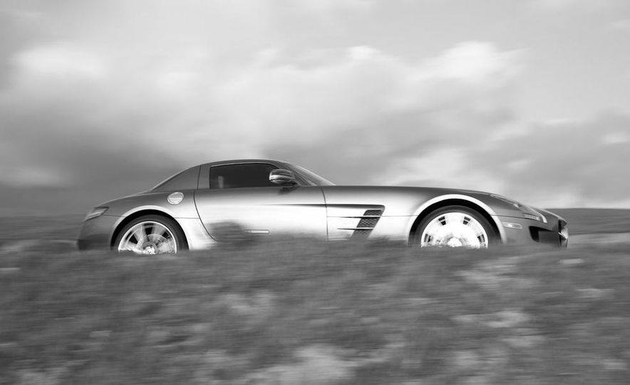 2013 Mercedes-Benz SLS AMG E-CELL - Slide 68
