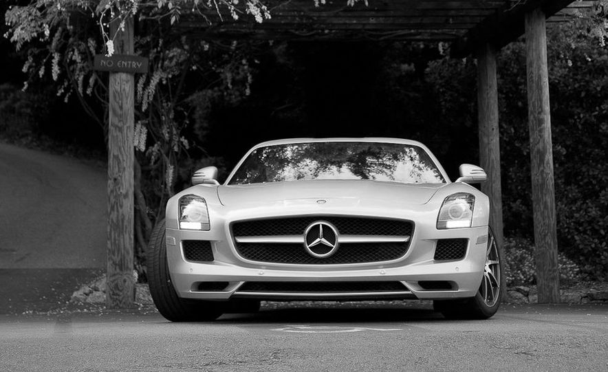 2013 Mercedes-Benz SLS AMG E-CELL - Slide 81