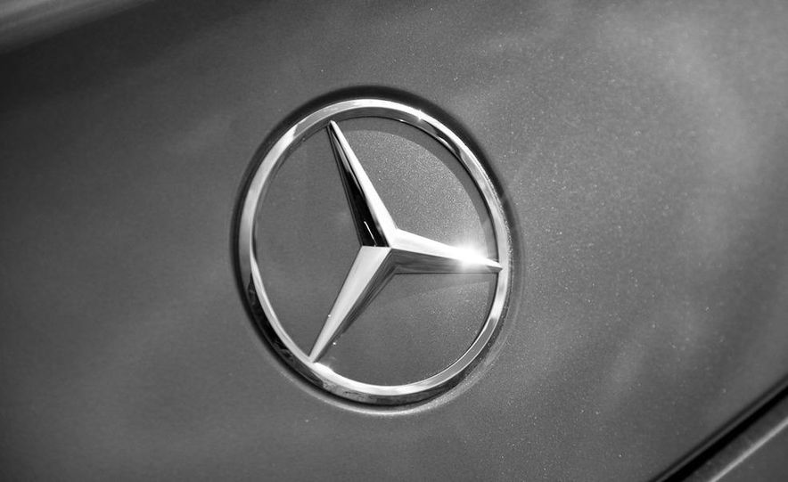2013 Mercedes-Benz SLS AMG E-CELL - Slide 93