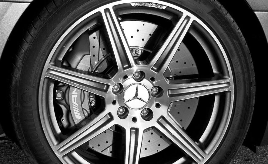 2013 Mercedes-Benz SLS AMG E-CELL - Slide 91