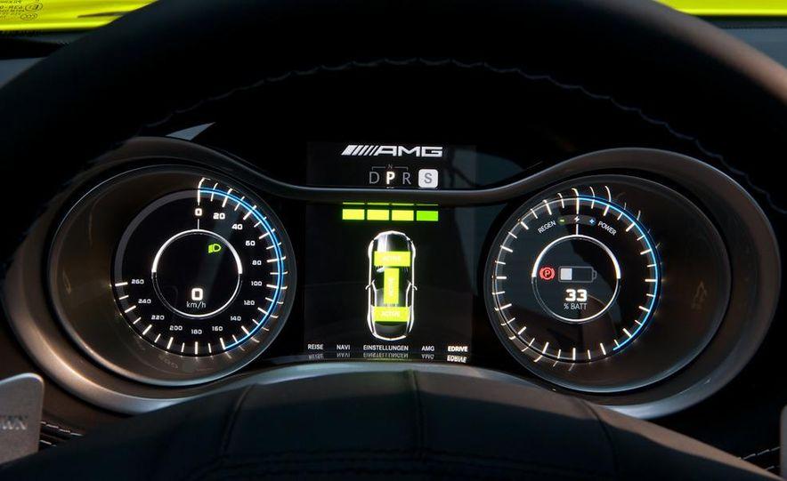 2013 Mercedes-Benz SLS AMG E-CELL - Slide 42