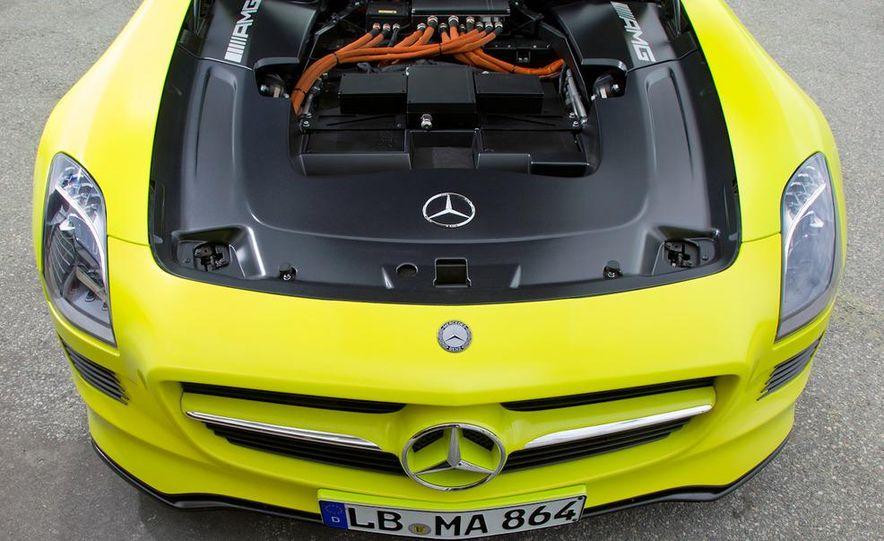2013 Mercedes-Benz SLS AMG E-CELL - Slide 53