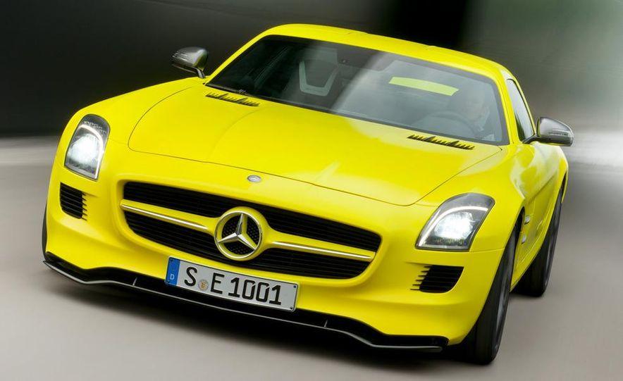 2013 Mercedes-Benz SLS AMG E-CELL - Slide 1