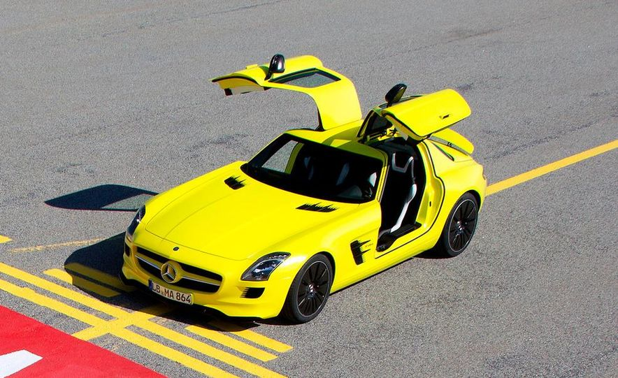 2013 Mercedes-Benz SLS AMG E-CELL - Slide 29