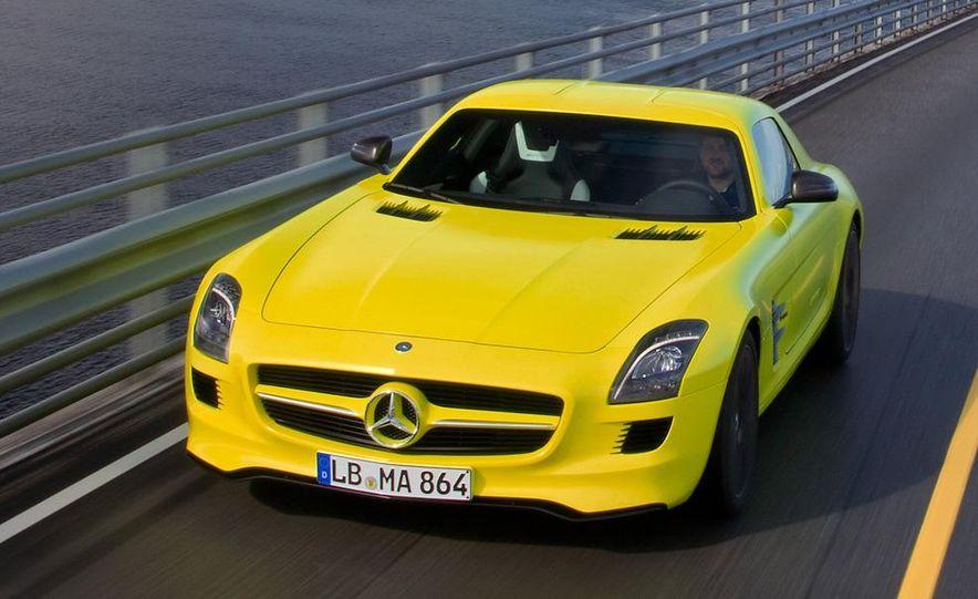 2013 Mercedes-Benz SLS AMG E-CELL - Slide 7