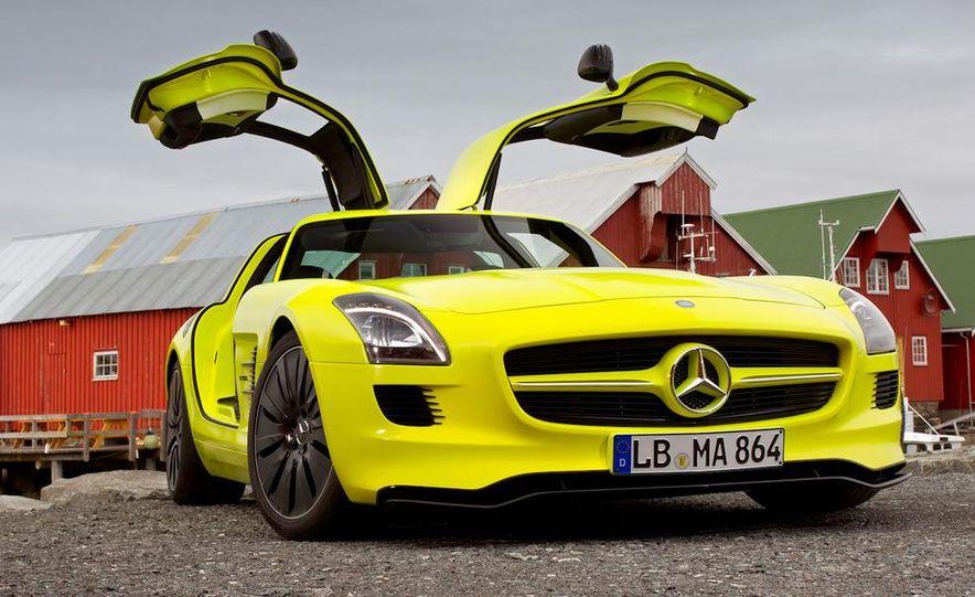 2013 Mercedes-Benz SLS AMG E-CELL - Slide 34