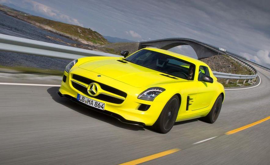 2013 Mercedes-Benz SLS AMG E-CELL - Slide 16