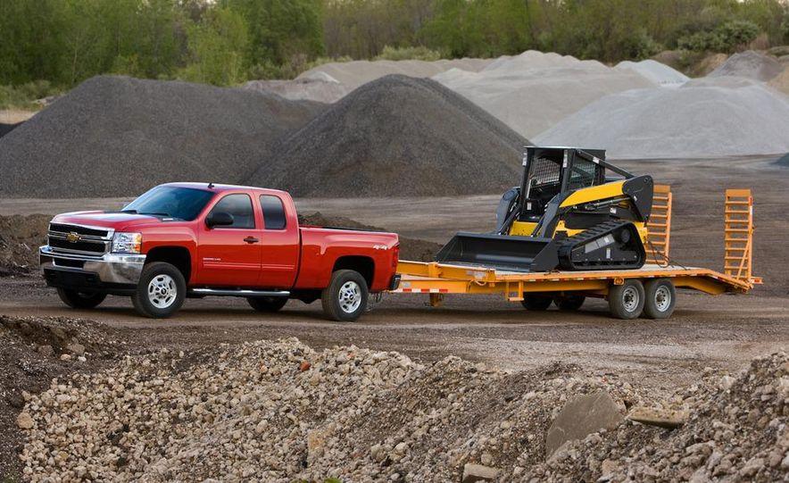 2011 Chevrolet Silverado 2500 Heavy Duty - Slide 12