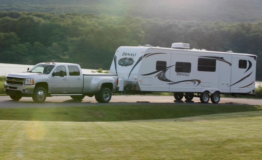 2011 Chevrolet Silverado 2500 Heavy Duty - Slide 23