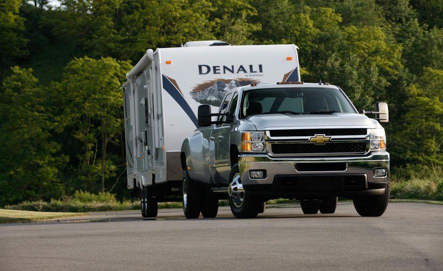 2011 Chevrolet Silverado 2500 Heavy Duty - Slide 36