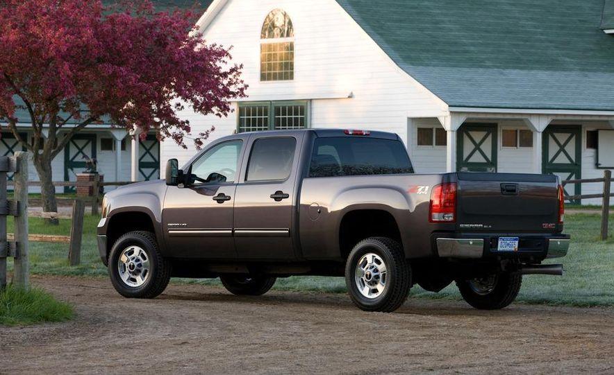 2011 Chevrolet Silverado 2500 Heavy Duty - Slide 43