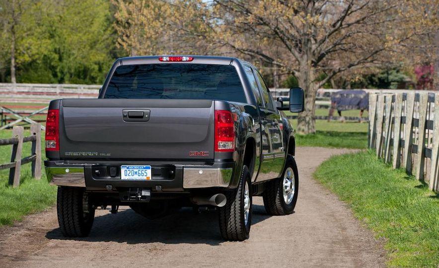 2011 Chevrolet Silverado 2500 Heavy Duty - Slide 49