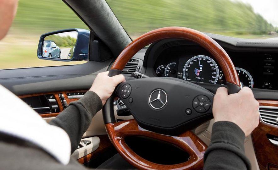 2011 Mercedes-Benz CL600 - Slide 16