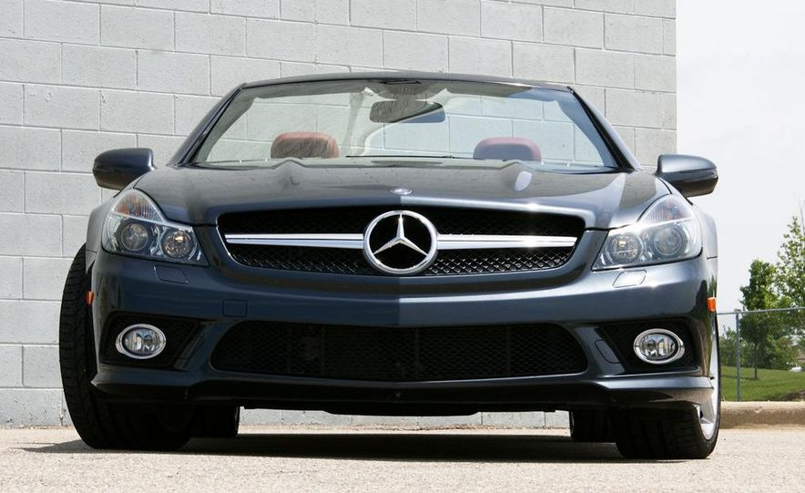 2011 Mercedes-Benz SL550 - Slide 1