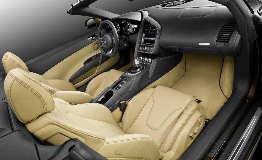 2011 Audi R8 5.2 V-10 FSI Quattro Spyder - Slide 29