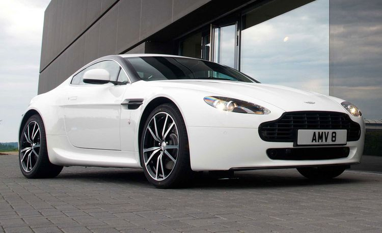2011 Aston Martin V8 Vantage N420 Coupe and Roadster