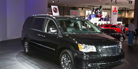 Jeff Allen The Manufacturer Chrysler S Product Redesign Blitz Continues With Town Country Minivan