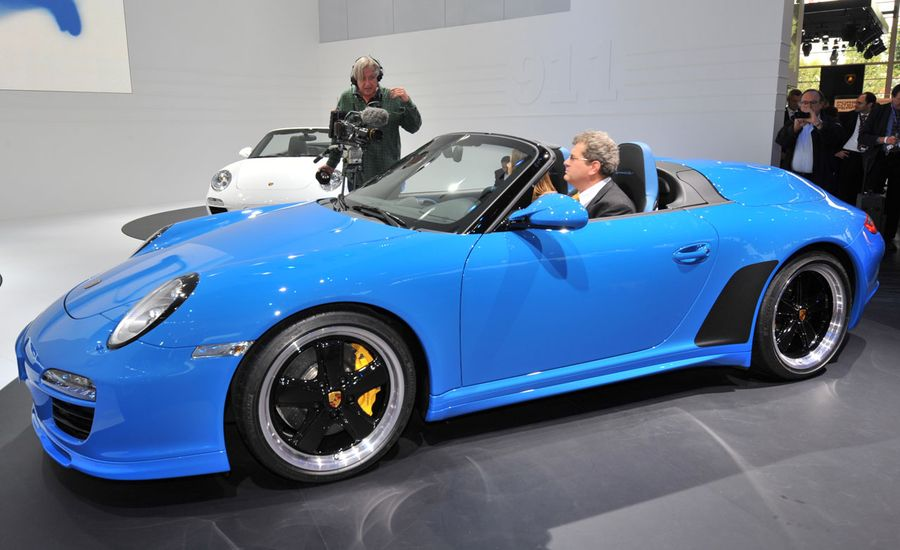 porsche 911 news 2011 porsche 911 speedster debuts car. Black Bedroom Furniture Sets. Home Design Ideas