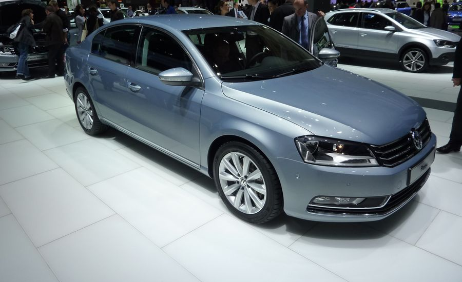 2011 Volkswagen Passat for Europe
