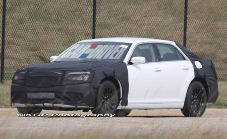 2011 Chrysler 300 / 300C Spy Photos