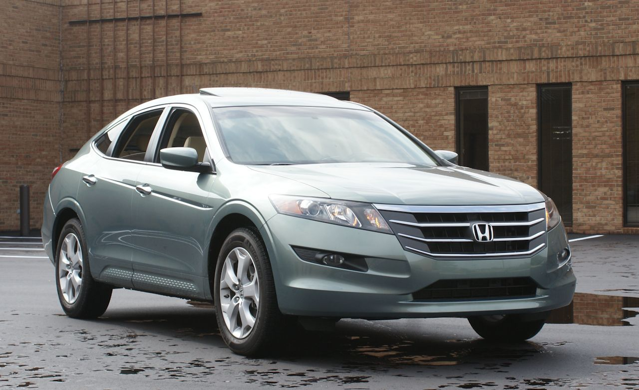 honda accord crosstour review  2010 accord crosstour fwd test