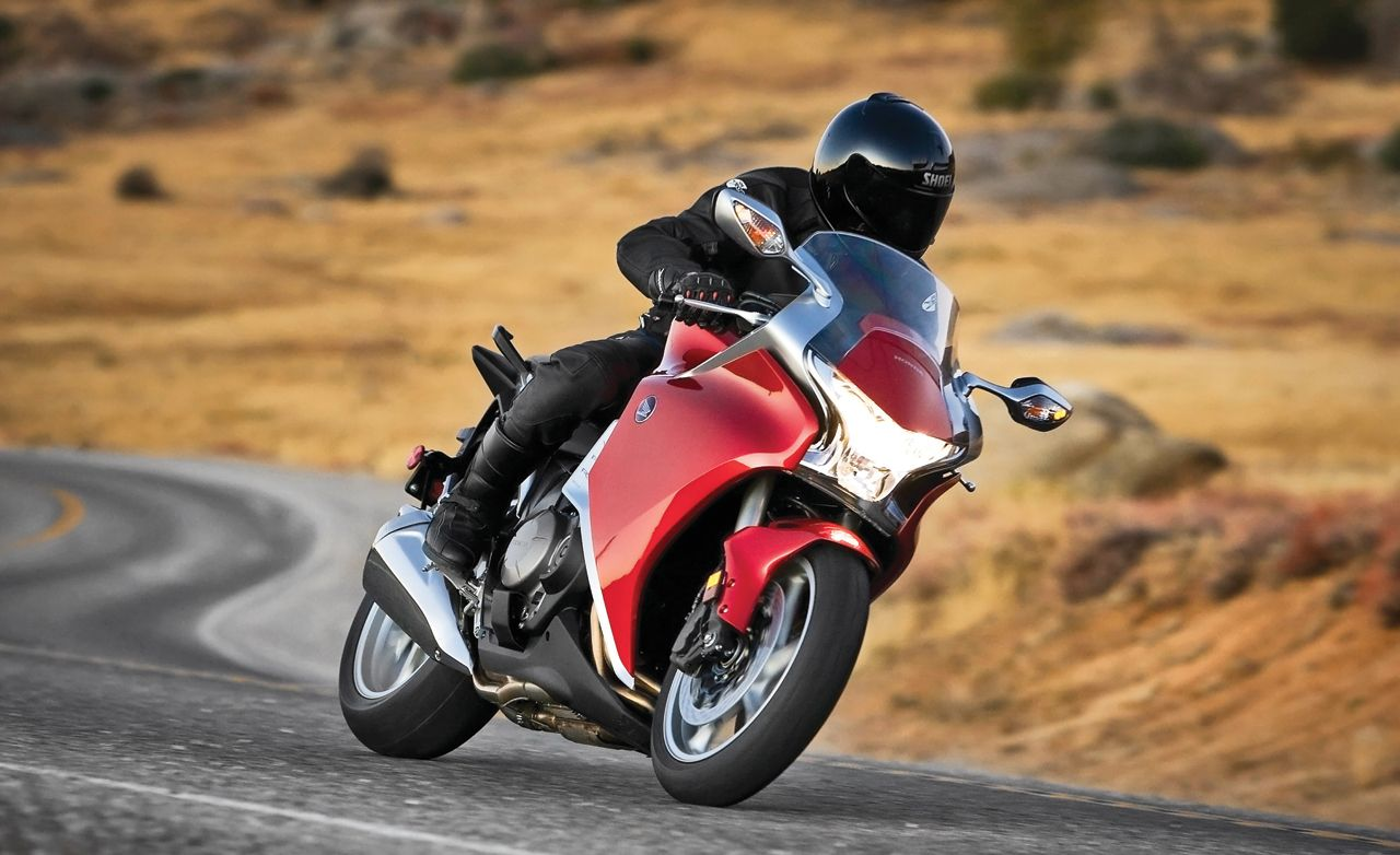 2010 Honda VFR1200F with Dual-Clutch Transmission