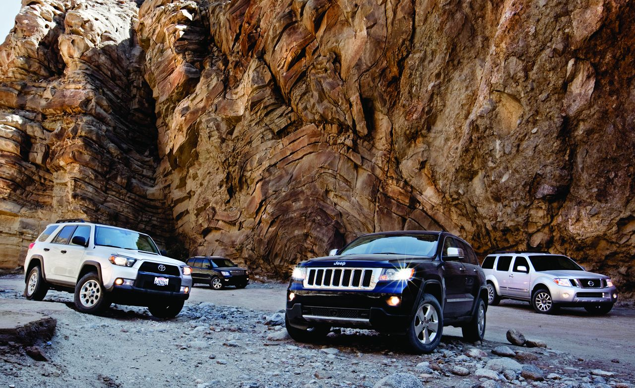 Jeep Grand Cherokee vs. Kia Borrego, Nissan Pathfinder, Toyota 4Runner
