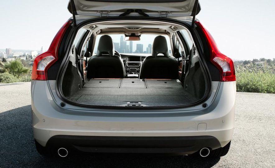 2011 Volvo V60 - Slide 18