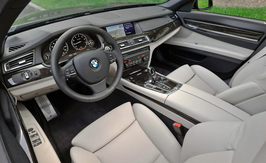 2011 BMW 740i with M Sport Package - Slide 11