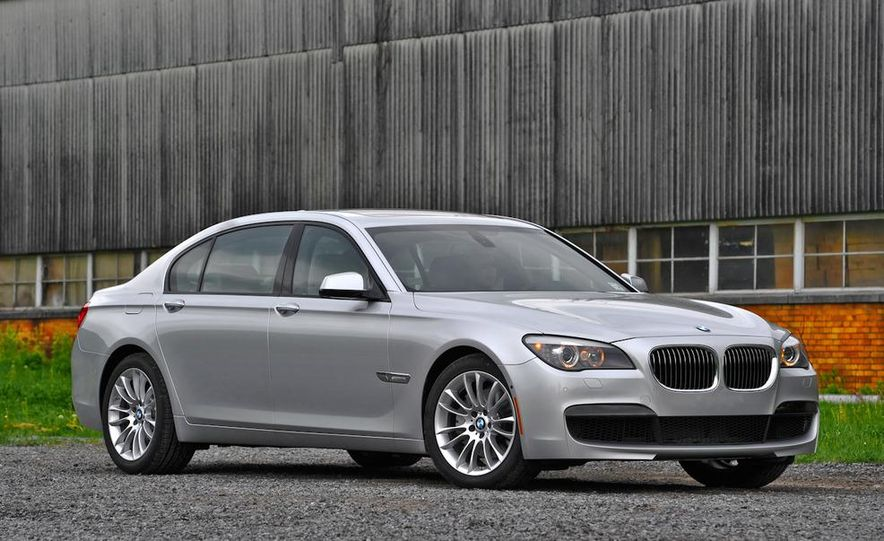 2011 BMW 740i with M Sport Package - Slide 16