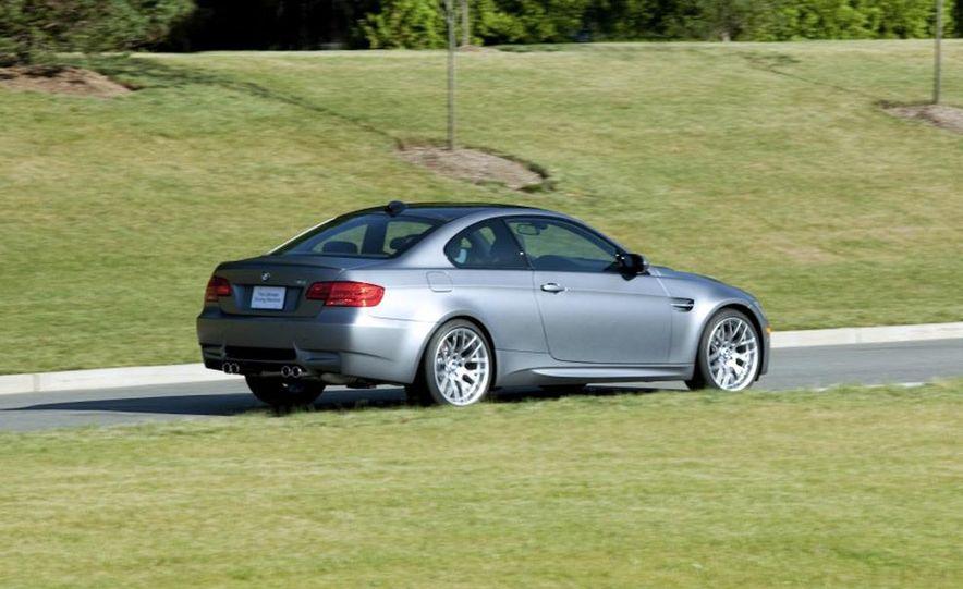 2011 BMW M3 GTS - Slide 23