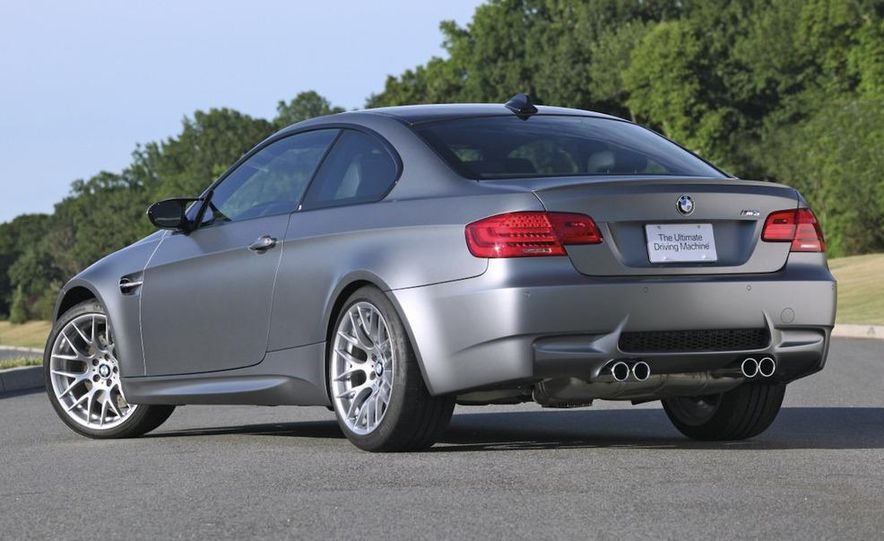 2011 BMW M3 GTS - Slide 30
