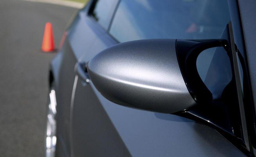 2011 BMW M3 GTS - Slide 41