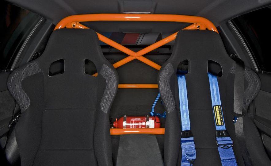 2011 BMW M3 GTS - Slide 16