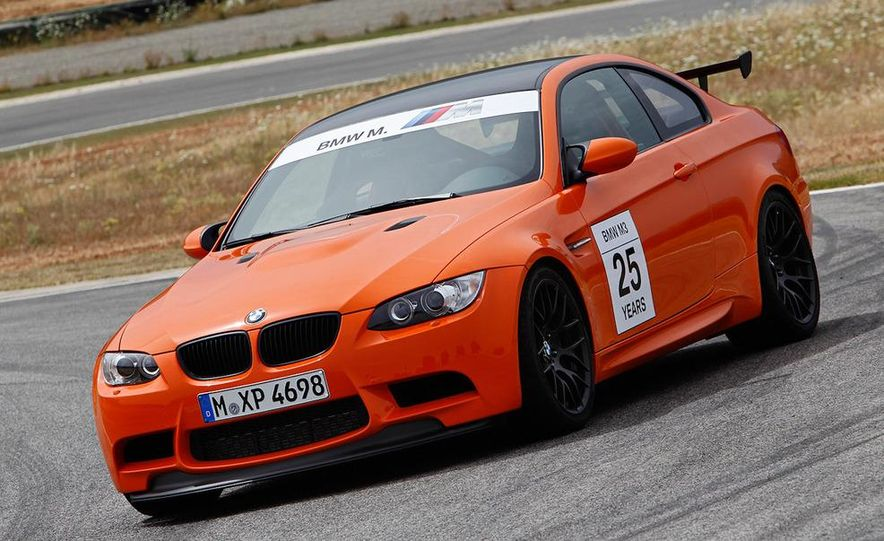 2011 BMW M3 GTS - Slide 2