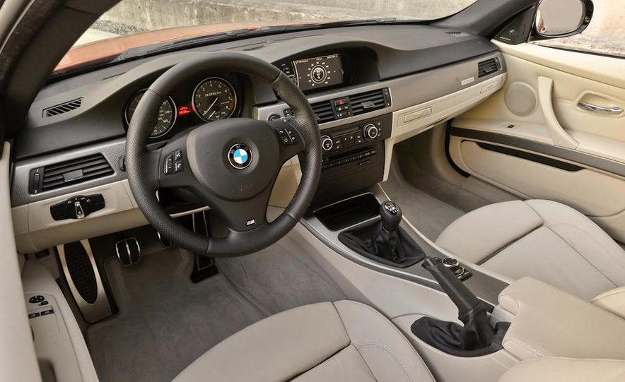 2011 BMW 335is coupe - Slide 20