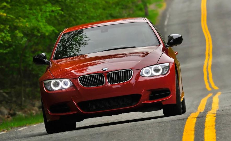 2011 BMW 335is coupe - Slide 1