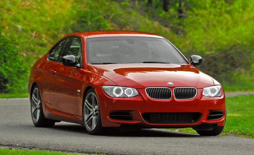 2011 BMW 335is coupe - Slide 4