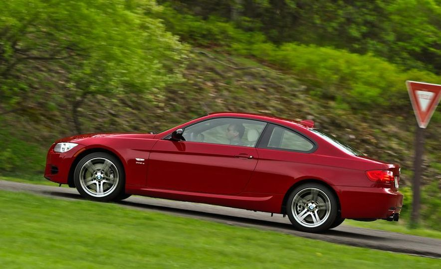 2011 BMW 335is coupe - Slide 5