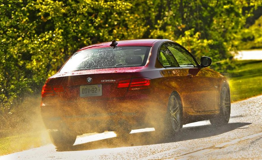 2011 BMW 335is coupe - Slide 7