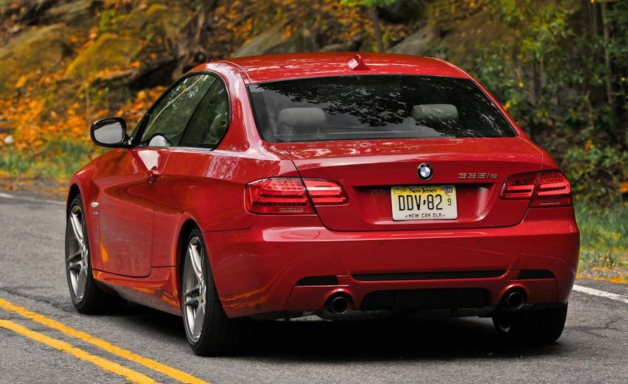 2011 BMW 335is coupe - Slide 8