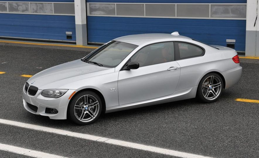 2011 BMW 335is coupe - Slide 21