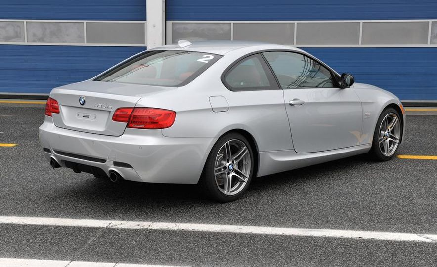 2011 BMW 335is coupe - Slide 23