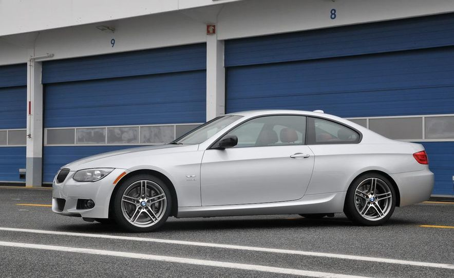2011 BMW 335is coupe - Slide 26