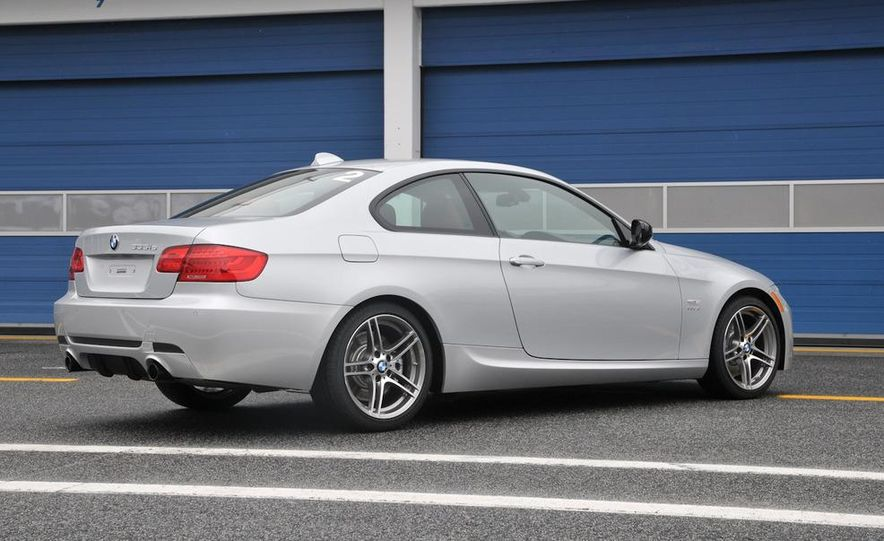 2011 BMW 335is coupe - Slide 28