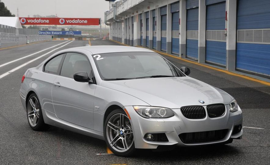 2011 BMW 335is coupe - Slide 29